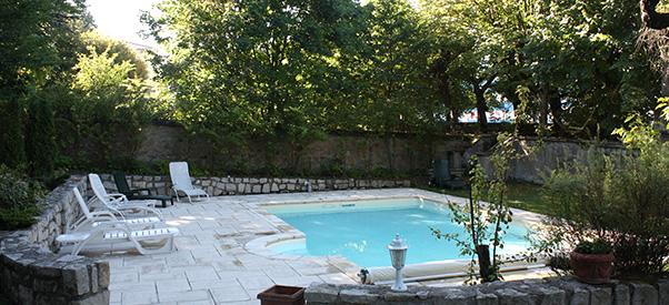 Piscine - Chambres d'hôtes - Maison des Chartreux